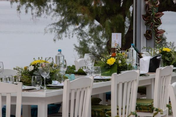 Agora Riviera Δεξίωση Βάπτισης στη Βουλιαγμένη